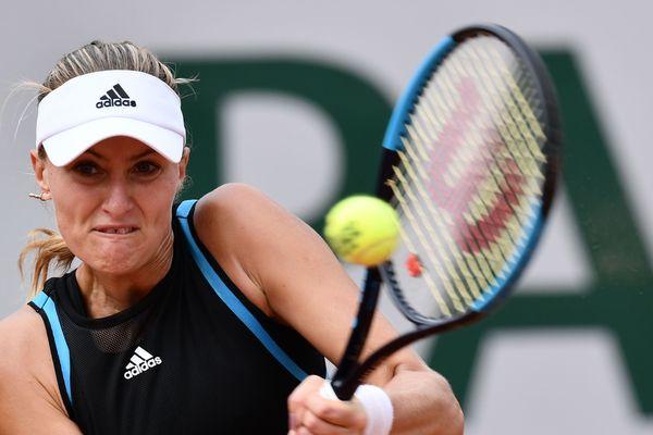 Kristina Mladenovic est associée à une joueuse hongroise pour le double