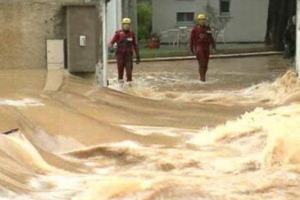 Hérault - inondations entre Argilliers et Mireval - novembre 2011.