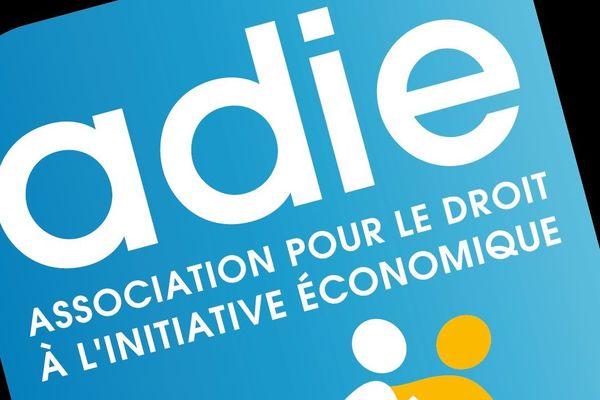 L'Adie aide les créateurs d'entreprise avant, pendant et après la réalisation de leur projet.
