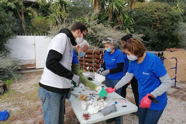 Lors de cette opération de mi janvier, l'associations MerTerre été aidée par les bénévoles d'Opération Mer Propre pour ramasser et trier les déchets.
