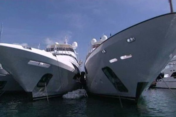 Les bateaux présentés sont de plus en plus longs.