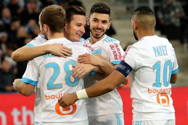 La joie des Olympiens qui ont marqué 6 buts dan scette rencontre face à Metz.