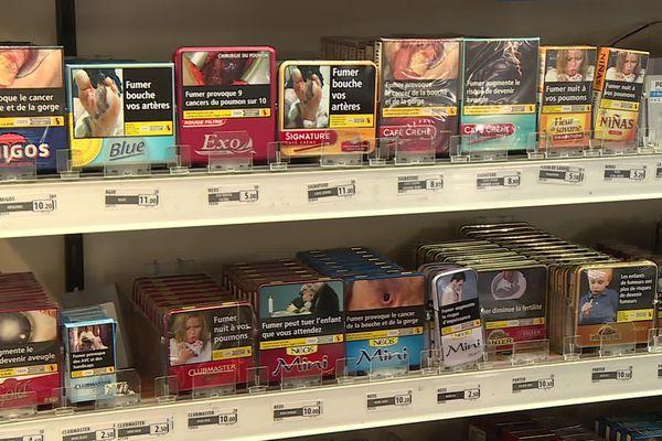 Un quart des fumeurs ont plus consommé pendant le confinement.