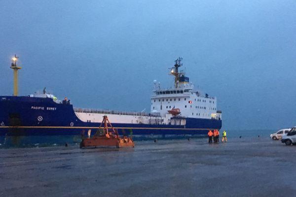 Photo fournie par Orano, le Pacific Agret, à quai, à Cherbourg. Inaccessible pour la presse.