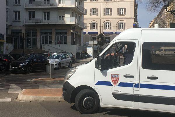 Lundi 1er avril, des charges explosives ont été découvertes devant le centre des finances publiques du Cap-Corse et la trésorerie de Bastia.
