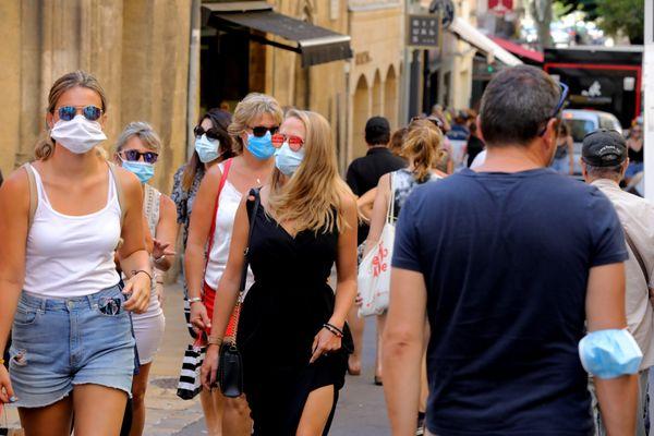 Le port du masque vise à réduire la propagation du virus, qui s'intensifie en Corse et dans l'ensemble du territoire.