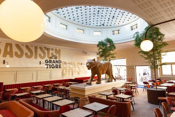 L'intérieur de la Brasserie du Tigre après rénovation en 2018.