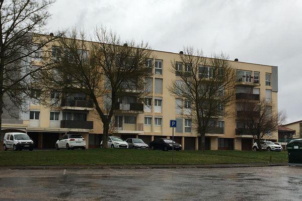 L'immeuble se situe dans Briey-Haut.