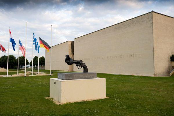 Le Mémorial de Caen est très actif sur les réseaux sociaux.