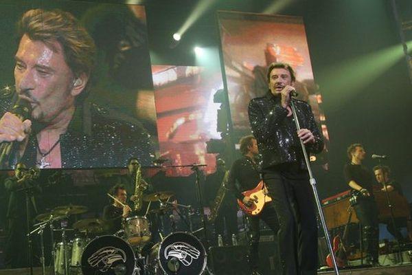 Johnny Hallyday lors d'un concert au Nikaia à Nice en 2009.