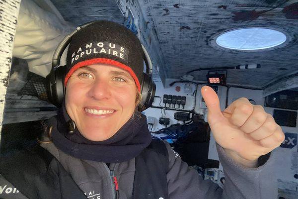 Clarisse Crémer sur Banque Populaire X, nouvelle détentrice du record féminin du tour du monde en solitaire en monocoque
