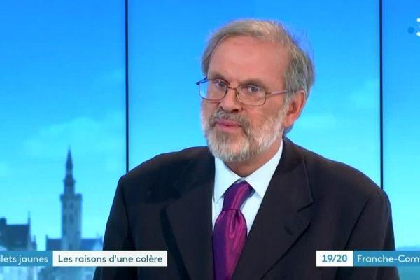 Renaud Bueb, professeur d'Histoire du droit et des institutions