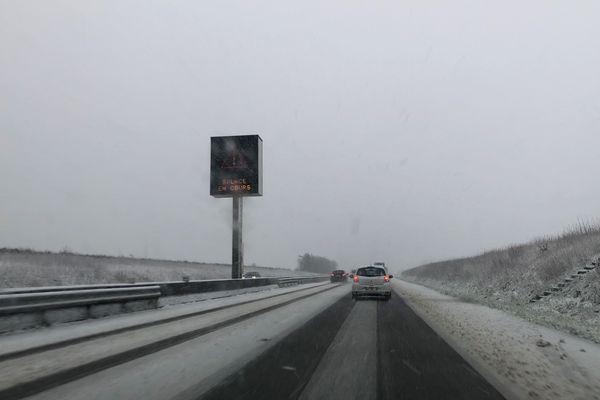 L'A16 en cours de salage entre Amiens et Beauvais, ce matin du 27 février.