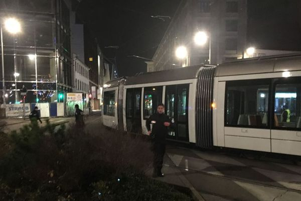 Le trafic des trams a été bloqué.