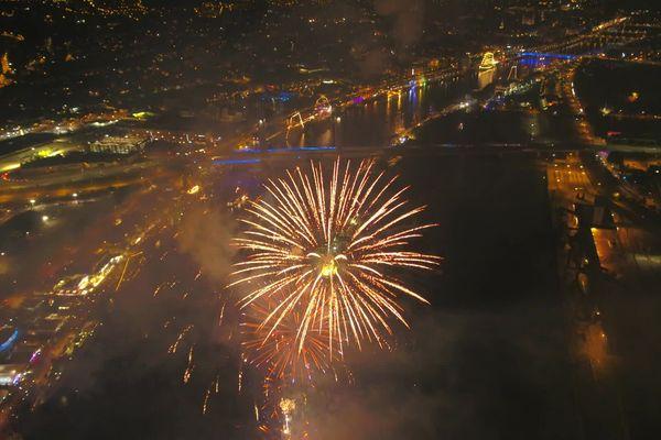 Les feux d'artifice chaque soir à Rouen pendant l'Armada