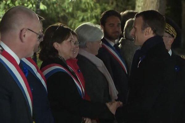 Accueil du président Macron par les élus régionaux
