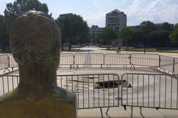 Montpellier - la fontaine de la place de la Révolution - juillet 2019.