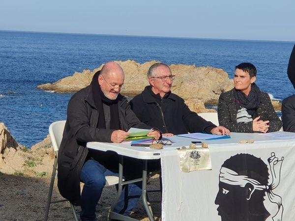 Michel Frassati entouré deCéline Innocenzi et Jean-Marc Acquaviva lors de la présentation de son programme.
