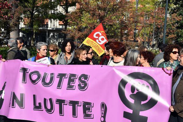 (Archives) Manifestation pour égalité de salaire homme-femme à l appel des collectifs féministes (Toulouse, Nov 3. 2017)