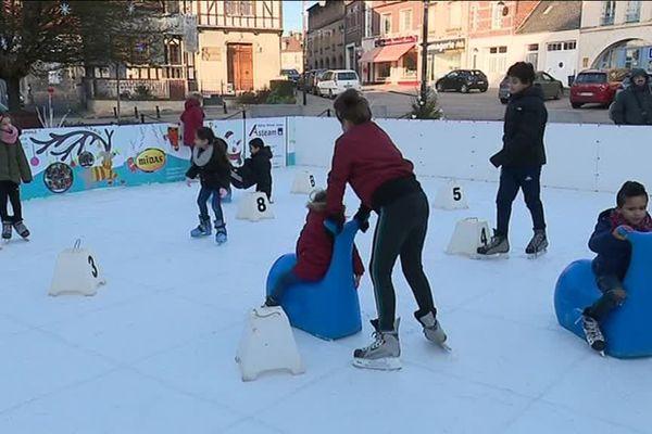 Après un premier essai en 2009, la patinoire de Noyon a rouvert ses portes pour une semaine, du 20 au 27 décembre 2018.
