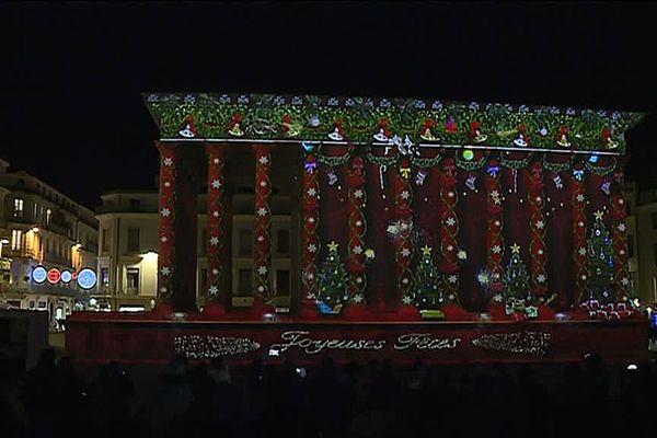 Projections monumentales sur la façade de la Maison Carrée à Nîmes du 19 au 26 décembre 2016 de 17h30 à 20 h.