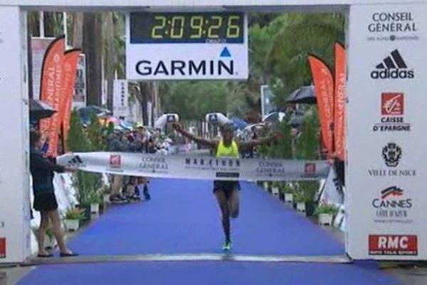 Schumi Hailu a remporté le marathon Nice en courant à plus de 19,5 km/h de moyenne.