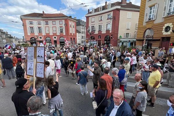 Une 7 ème manifestation contre le pass sanitaire a eu lieu à Limoges