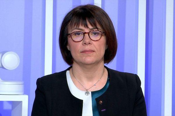 Anne-Lise Dufour-Tonini sur le plateau de France 3 Nord Pas-de-Calais.