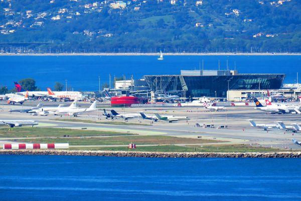 13,3 millions de passagers ont été accueillis à l'aéroport Nice-Côte d'Azur en 2017.