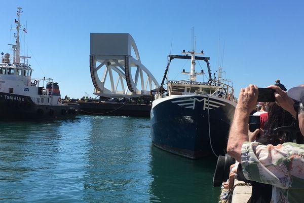 Le nouveau pont Sadi Carnot de Sète a mis 2 semaines pour traverser la Méditerranée