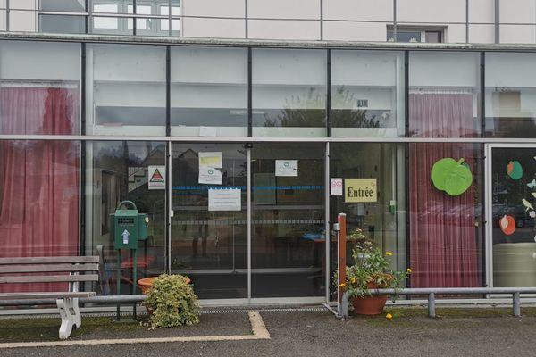 Cinq morts dans un foyer de contamination au Covid 19 à l'Ehpad Henri-Dunant à Saint-Calais dans la Sarthe