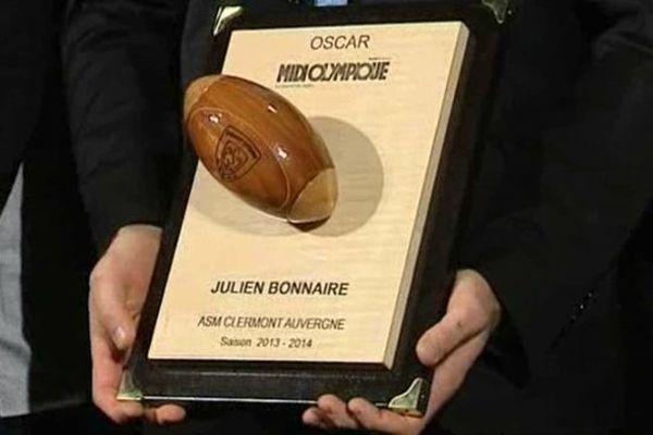 L'Oscar Midi Olympique du mois de novembre a récompensé le 3ème ligne de l'ASM, Julien Bonnaire.