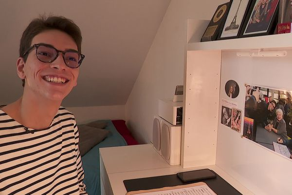 Antonin Verhamme est un fan inconditionnel de Line Renaud depuis l'âge de 14 ans