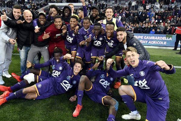La joie des jeunes du TFC après la qualification pour la finale.