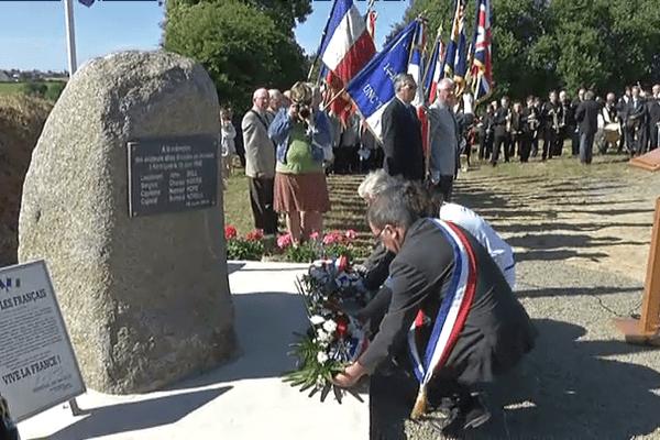 La cérémonie à Ploudaniel (29) ce 18 juin 2014 en hommage aux 4 aviateurs décédés en juin 1940