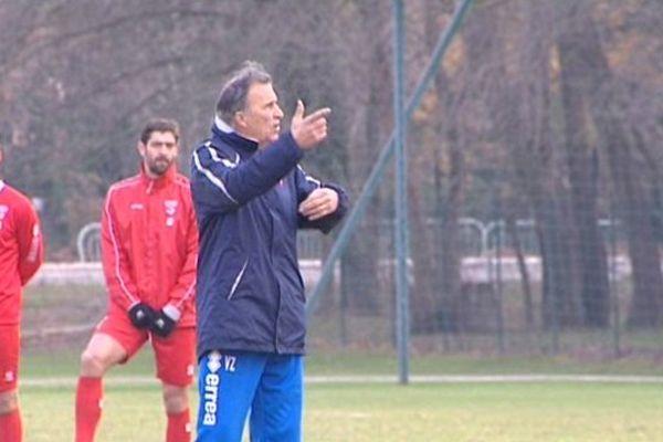 Le couperet est tombé sur l'entraîneur du Nîmes Olympique.
