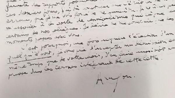 Une lettre signée de Louis Aragon.