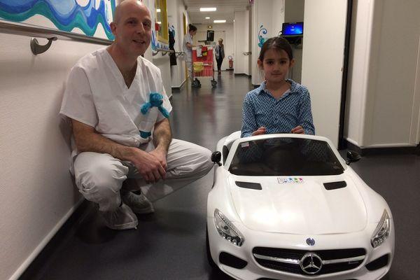Maëlys se rendra au bloc opératoire en cabriolet