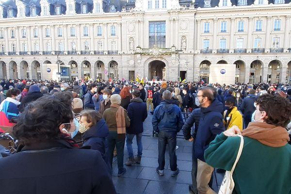 Rassemblement à Rennes le 28 novembre 2020 contre la loi de sécurité globale