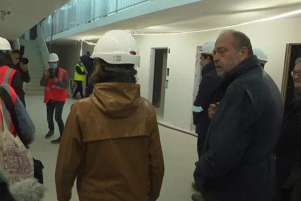 Le Garde des Sceaux découvre la maison d'arrêt en construction à Ifs près de Caen le vendredi 1er octobre 2021