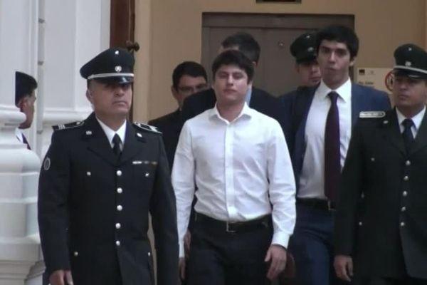 Nicolas Zepeda dans les coursisves du palais de Justice de Santiago du Chili en février 2017