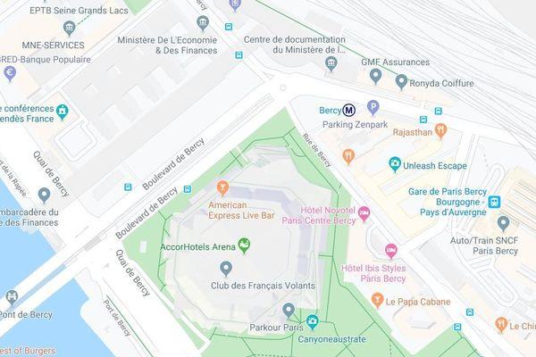L'esplanade Johnny Hallyday sera située à l'angle de la rue de Bercy et du boulevard de Bercy, dans le 12e.
