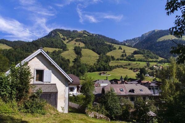 La seconde vague de l'épidémie de Covid n'épargne pas les cantons suisses, comme le canton de Vaud.