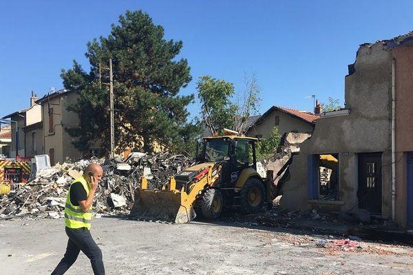 Au lendemain de l'explosion d'origine domestique dans un appartement de Valence qui a fait un mort et un blessé léger. 23/8/19