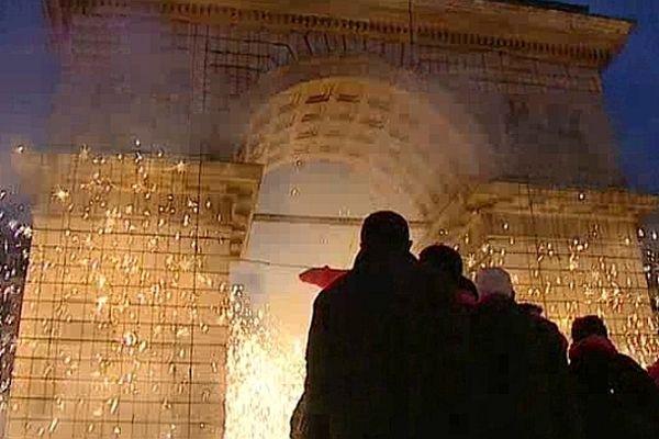 La place Darcy s'est illuminée en fin d'après-midi pour le plus grand plaisir de la foule présente.