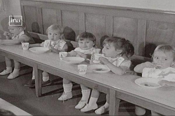 Une crèche à Dijon en 1967