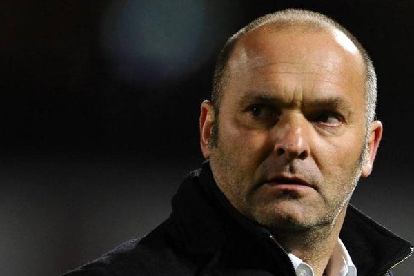 L'ancien entraîneur d'Evian-Thonon-Gaillard Pascal Dupraz lors d'un match entre Metz et ETG en février 2015.