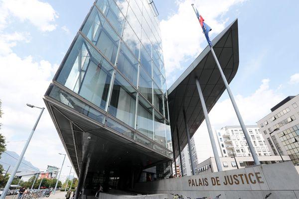 Le palais de justice de Grenoble le 21 septembre 2018.