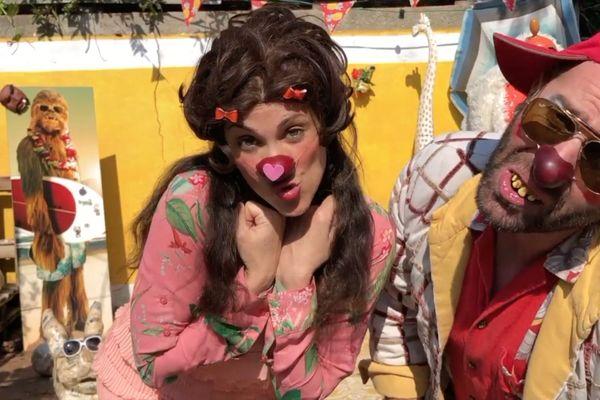 Susanna Martini, alias Gina Panzani Pizini, et Bruno Gare, alias Jack Olivier, couple de clowns à Saint-Maur-des Fossés (94) et auteur de la vidéo «Nos chers soignants» pour la chaine YouTube du Rire Médecin