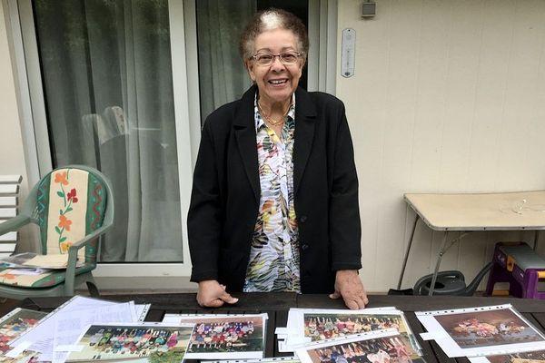Françoise Tardivaud, 26 rentrées à l'école de Dingsheim. 30 élèves environ à chaque rentrée. Total ?